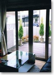 シンプルデザインの家05