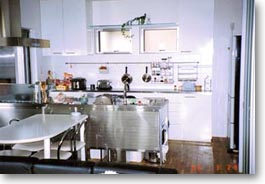 シンプルデザインの家04