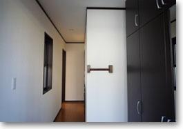 シンプルモダンの家05
